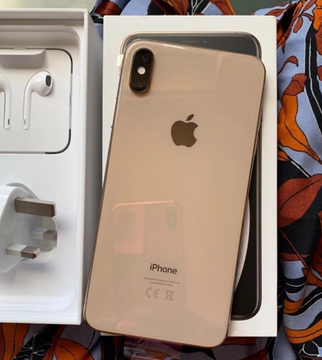 Genuine Unlocked iPhone Xs Max, Note 9 S