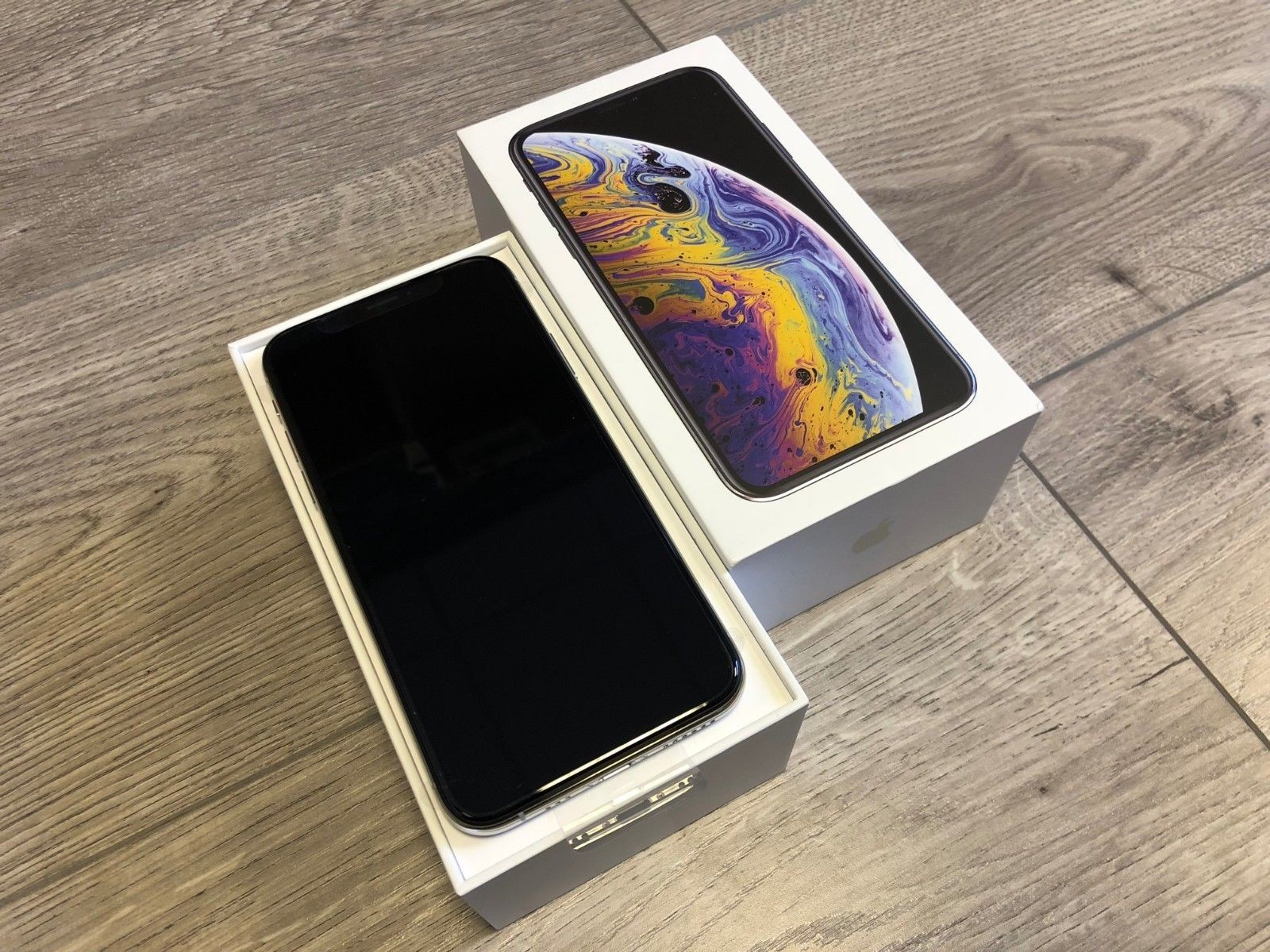 Silver Iphone XSg