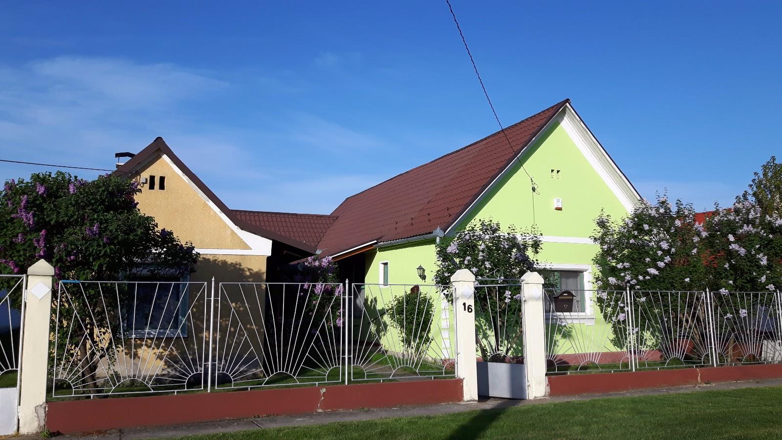 immobilie in ungarn haus kaufen ungarn suchergebnisse. Black Bedroom Furniture Sets. Home Design Ideas